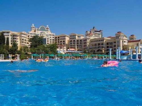 Hotel Marina Royal Palace Duni (2 / 31)