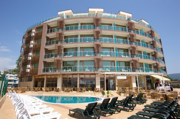 Hotel Sea Breeze Bulgaria (1 / 28)