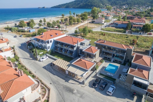 Mary's Residence Suites Thassos Grecia (1 / 15)
